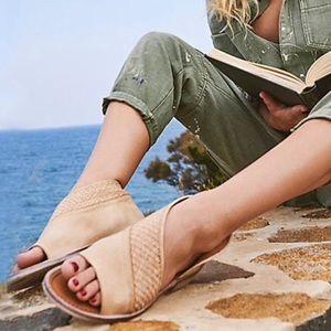 NIB Free People Textured Mont Blanc Sandals